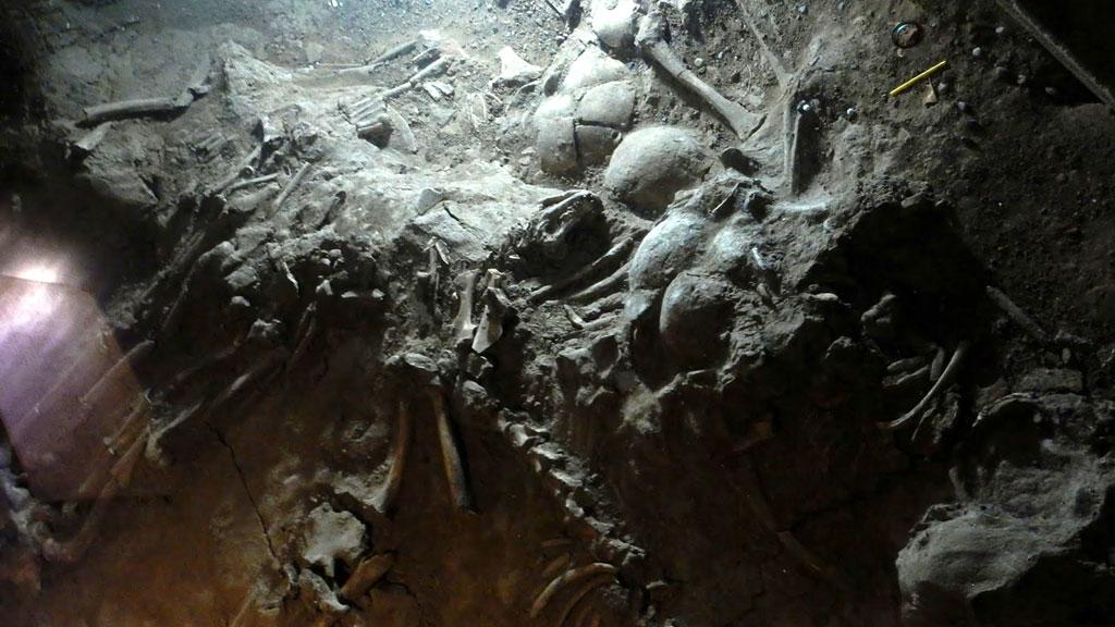 Массовое захоронение ритуальных жертв в Иньсюй. Фото: TheComplexWorld